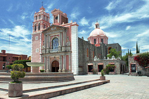 Tequisquiapan May Have the Prettiest Parish Church in Mexico