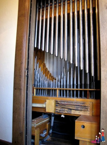 Welte-Mignon Organ Pipes at Salisbury House, Des Moines