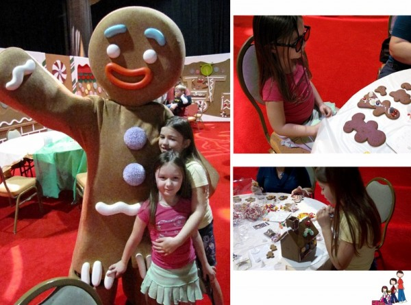 Gingerbread decorating with Gingy Gaylord Palms Orlando