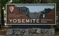 Yosemite Nat'l Park sign at Big Oak Flat entrance