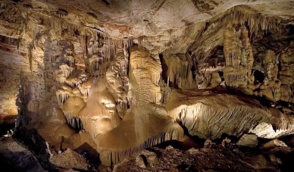 Benson-Arizona-Kartchner-Caverns-Mike-Lewis