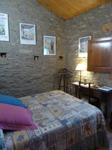Bedrooms at Casa Rual Cal Serni, Catalonia