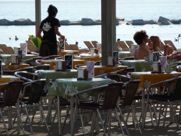 Barcelona Beach Bars Are Open